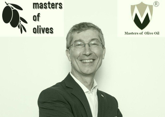 the_jury_aldo_mazzini_masters_of_olives_&_masters_of_olive_oil_International__contests_judge_700x500G